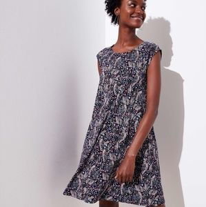 LOFT Dresses - NWT Loft petite meadow cap sleeve swing dress